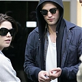 Robert_Pattinson_and_b6a0.jpg